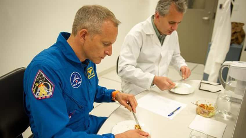 David Saint-Jacques samples space food.