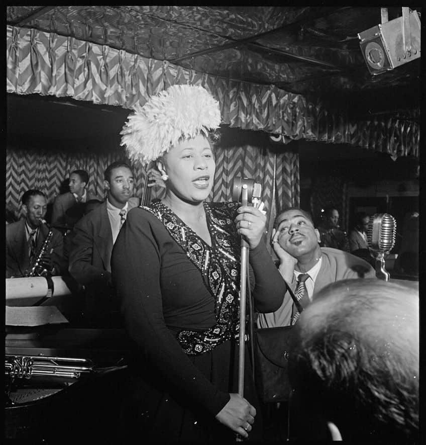 Ella Fitzgerald singing in a club