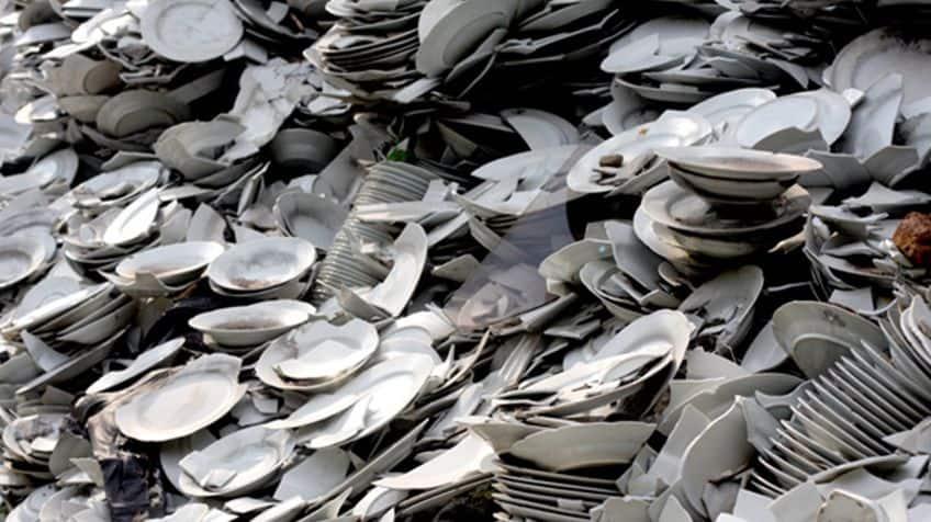 Broken dishes.