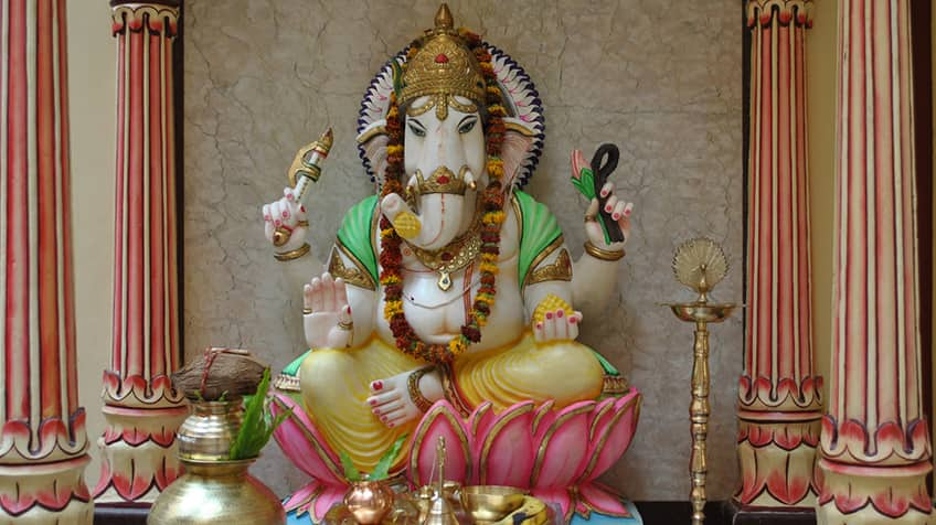 Ganesh shrine with mouse.