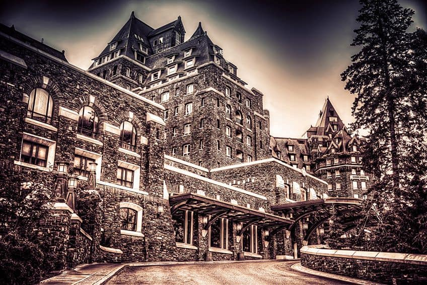 the front entrance to Banff Springs Hotel