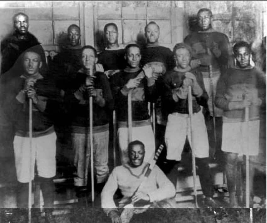 archive photo of a team from the Coloured Hockey League