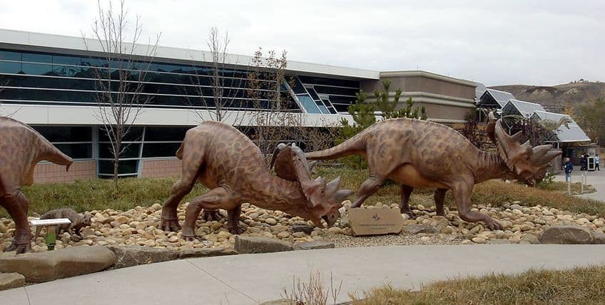 the entrance to the Royal Tyrrell Museum