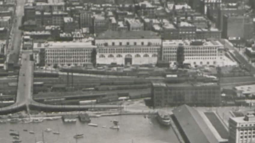 Historical photo of original Union Station in Toronto