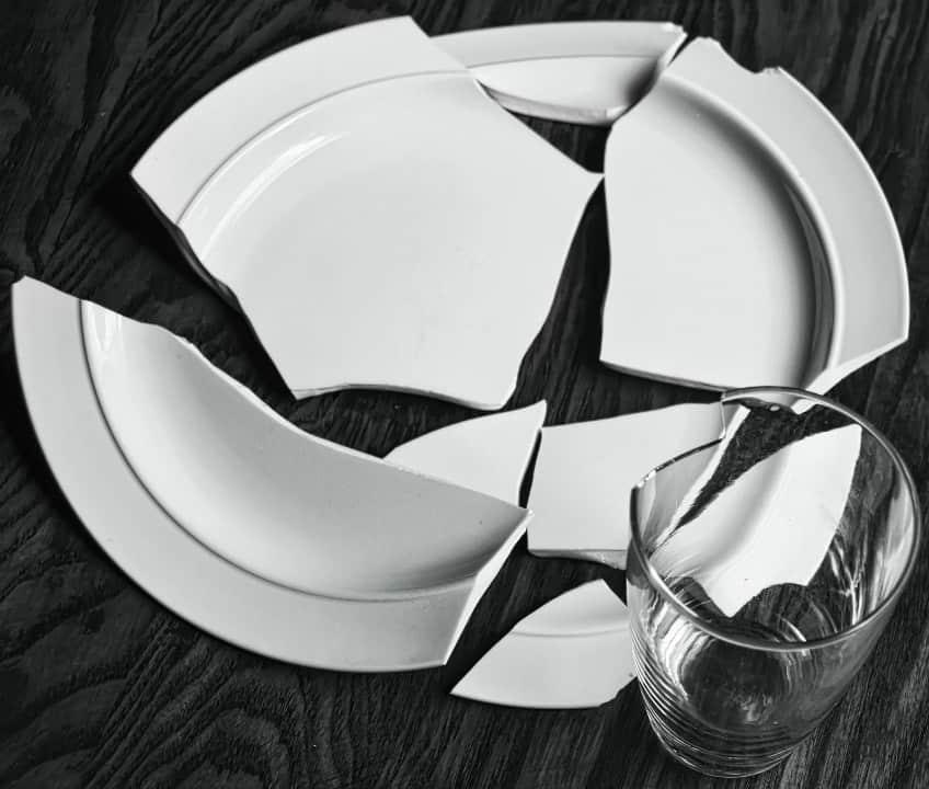 Ethiopian Jews break their dishes at Passover