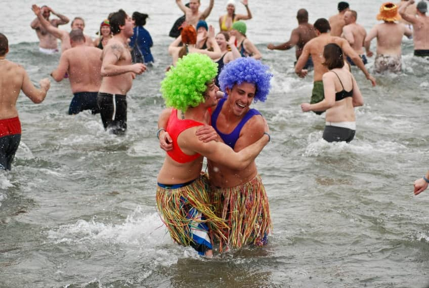 crazy people in Lake Ontario in the middle of winter
