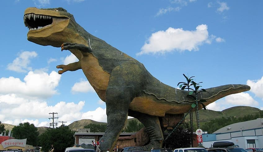 world's biggest dinosaur monument