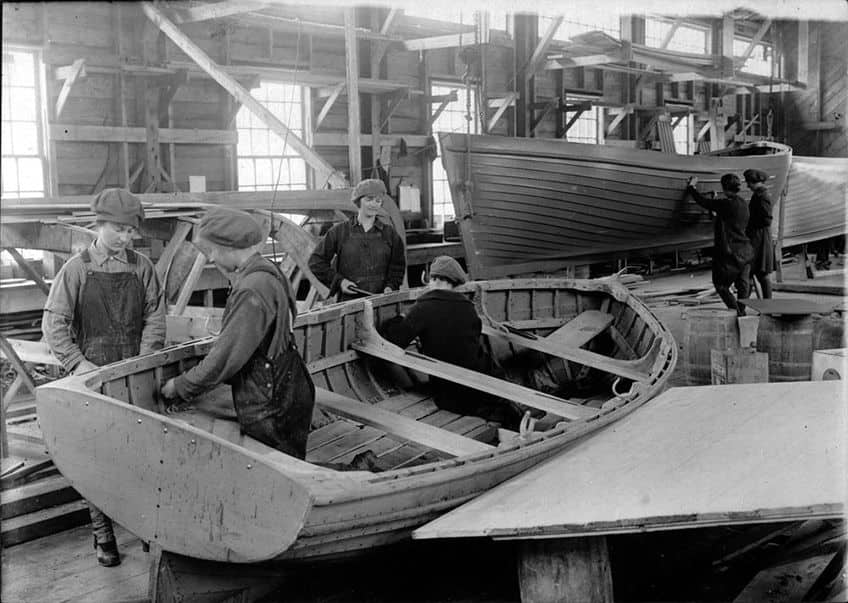 photo of women making lifeboats in Nova Scotia