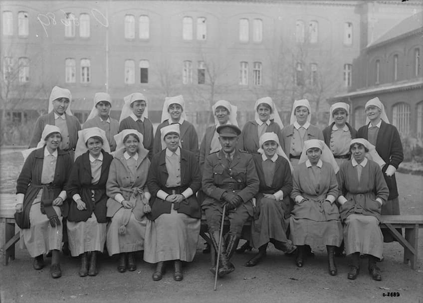 historical group photo of the Nursing Sisters