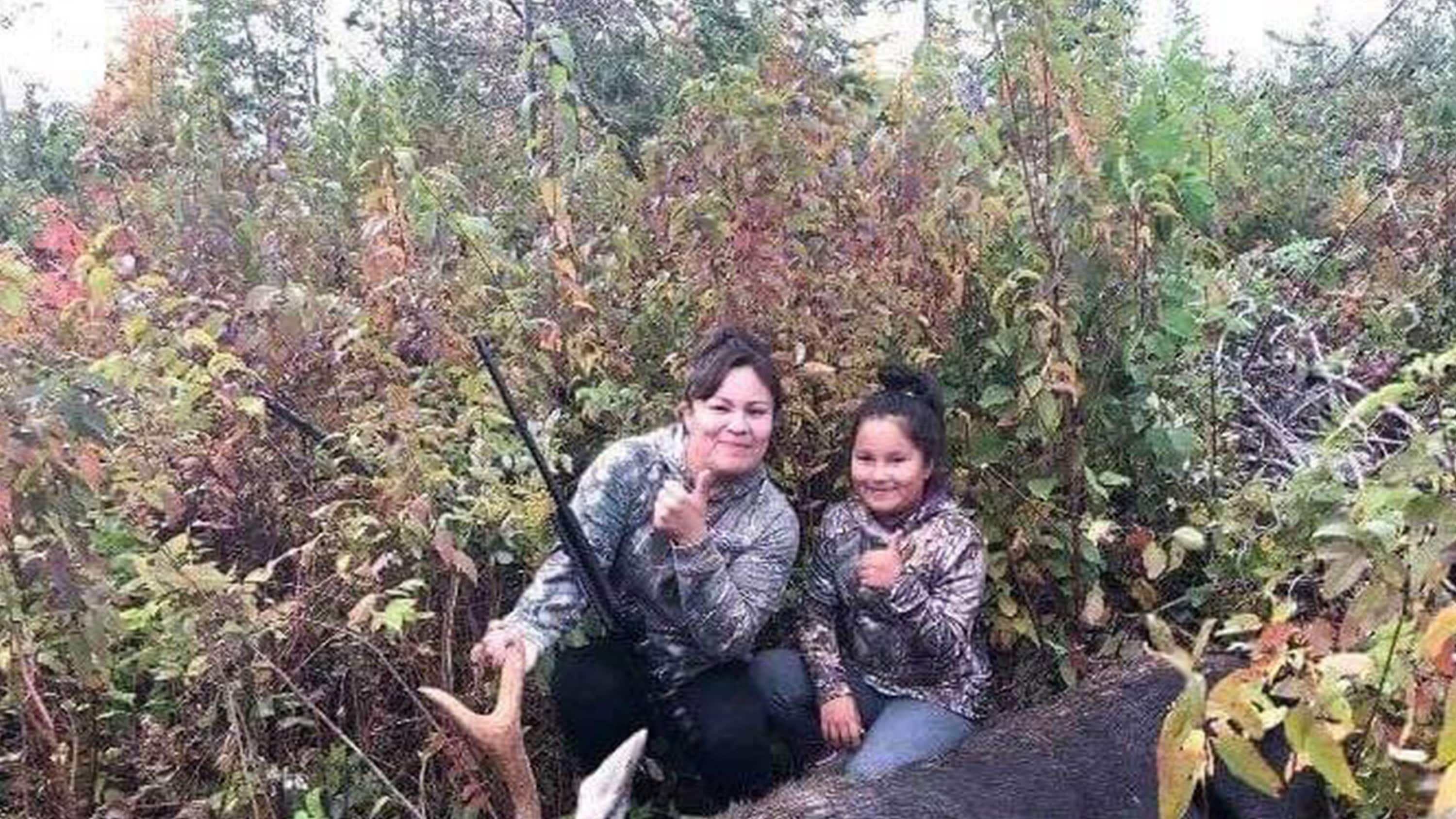 Trinity Bosum with her mother, Jennifer Thivierge, on a hunting trip.