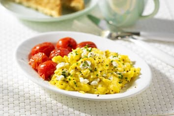 Creamy Scrambled Eggs'n Tomatoes