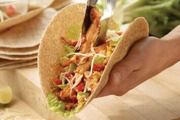 Fajitas au poulet avec salsa maison