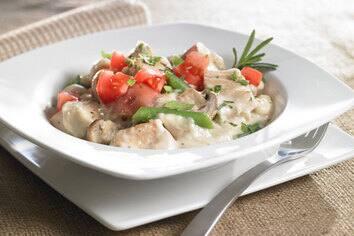 Ragoût au poulet et légumes du marché