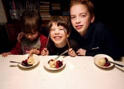loat-family-dessert-250.jpg