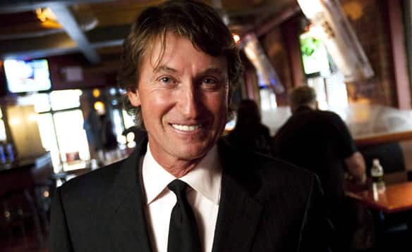 wayne gretzky a class act The controversial capitals forward underscored an unbelievable stanley cup final opener monday with his latest questionable act, drawing the ire of fed-up fans once.