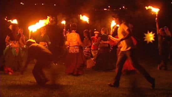 flame-dancers-20100724_1.jpg