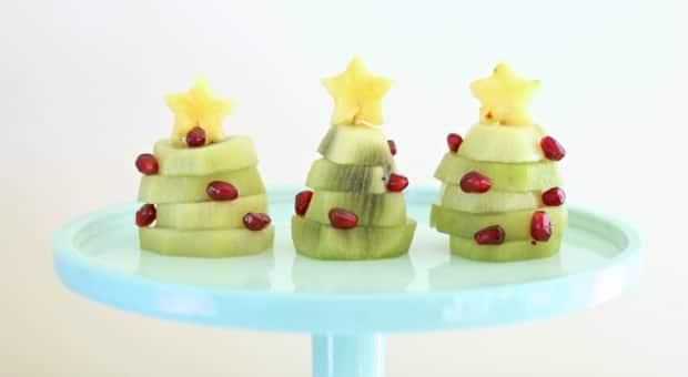 edible Christmas trees made with kiwi fruit