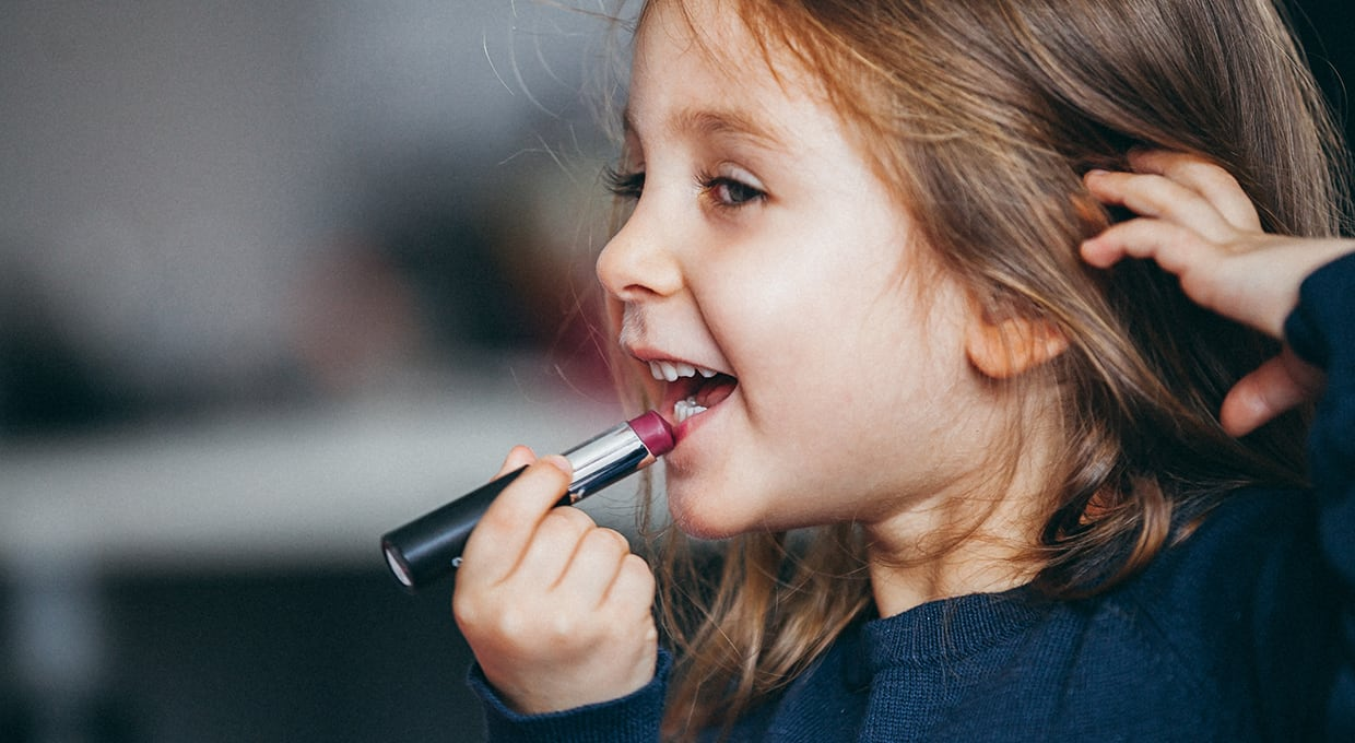 I'm Raising Little Feminists Who Love to Wear Makeup | Learning