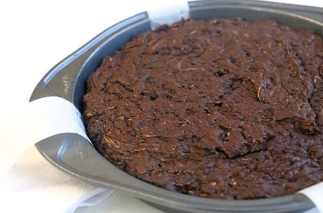 Let baked cake cool completely.