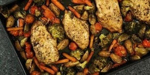 ONE-PAN-BALSALMIC-CHICKEN-LEAD