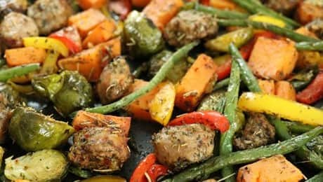 Healthy-One-Pan-Turkey-Sausage-Veggie-Bake-LEAD