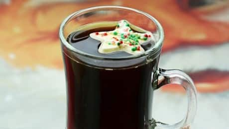 Holiday-Whipped-Cream-Coffee-Melts-LEAD