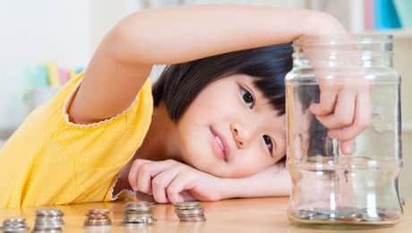 TEACHING-MY-DAUGHTER-VALUE-MONEY-LEAD
