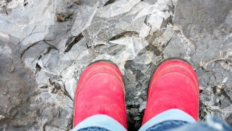 breaking-ice-puddles
