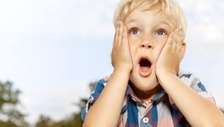 child-hearing-mom-swear