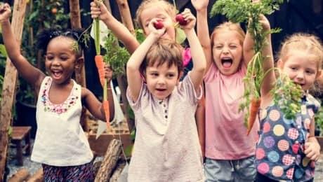 community-garden-kids
