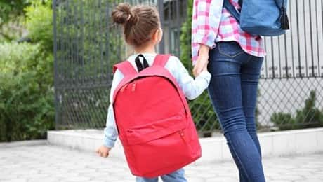 girl-with-backpack-123RF-LEAD