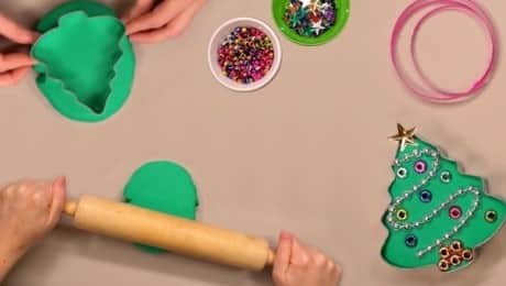 playdough-tree-gifts