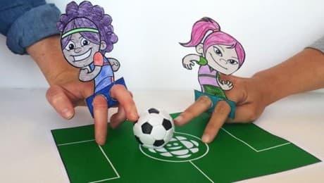 soccerfingerpuppets_lead_vcaldwell