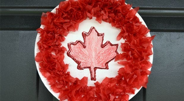A paper plate Canada Day wreath