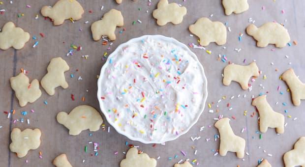 Animal cookies and dip