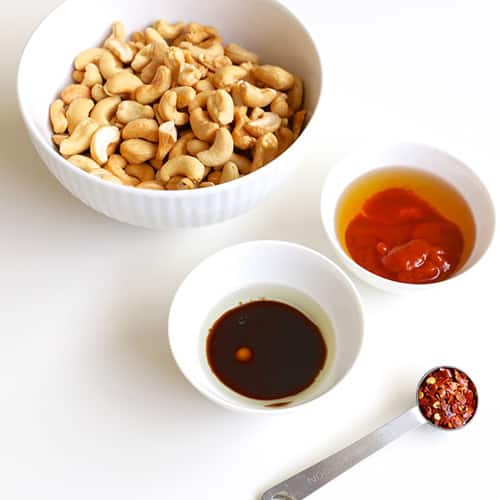 Ingredients: cashews, Sriracha sauce, honey and soy sauce.