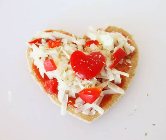 how to cut a heart shaped pizza
