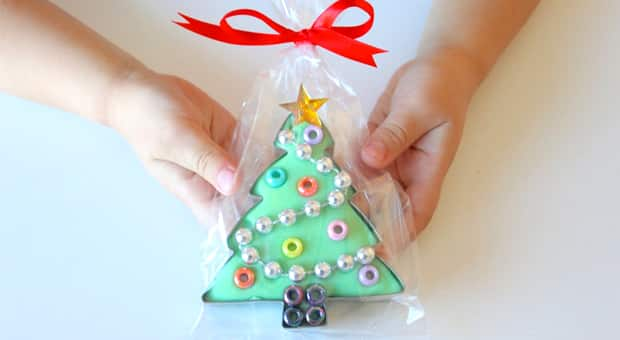 diy christmas gifts for kids featuring playdough and cookie cutters - Gifts To Make For Christmas