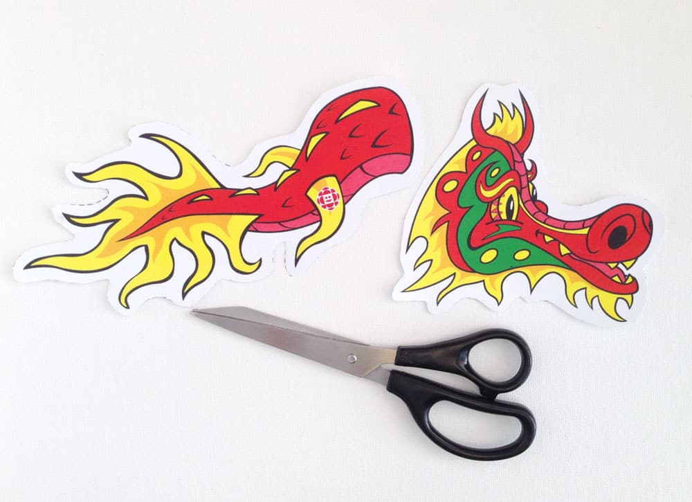 have kids colour in their dragons if applicable 3 cut out the dragon head and dragon tail