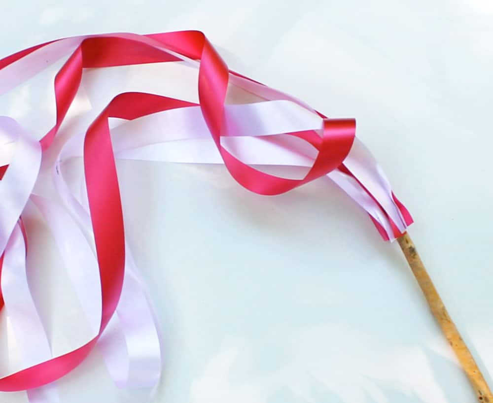 Canada day craft ribbon wands play cbc parents for Ribbon wands