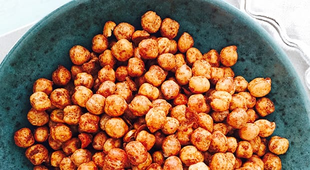 A bowl of spiced roasted chickpeas