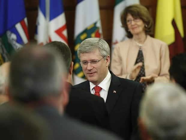 Harper speaks to the Conservative caucus before South American trip