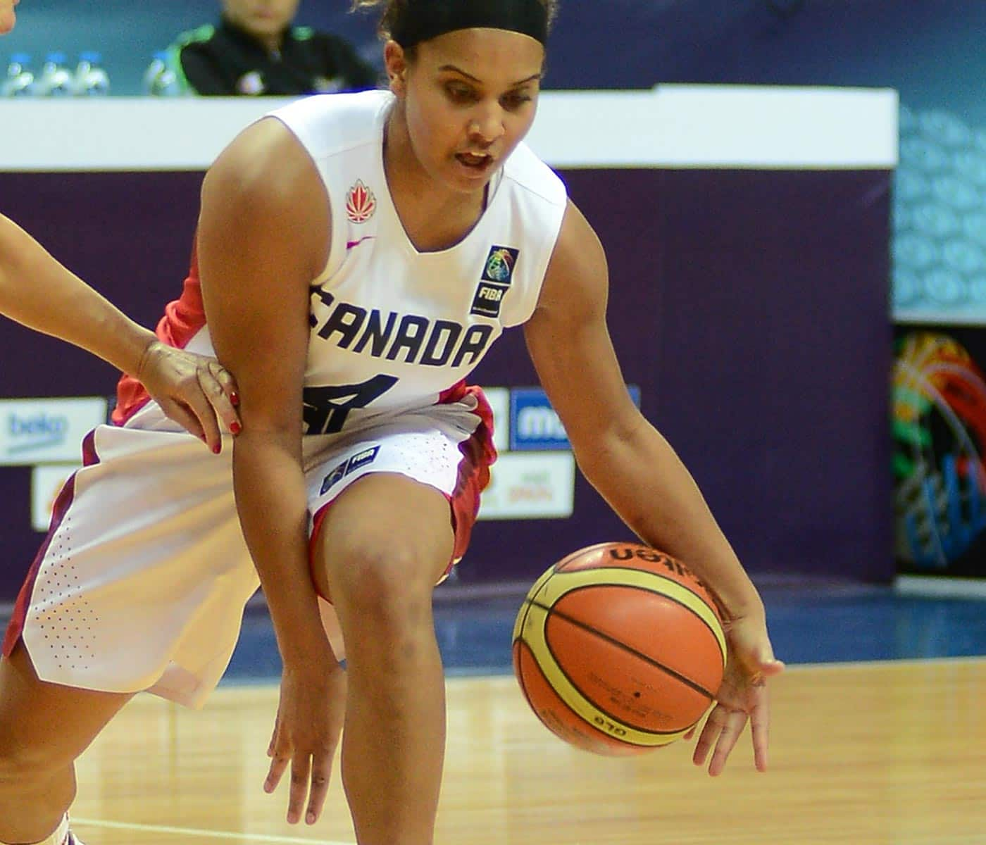 Miah-Marie Langlois celebrates her Canadian pride in Russia