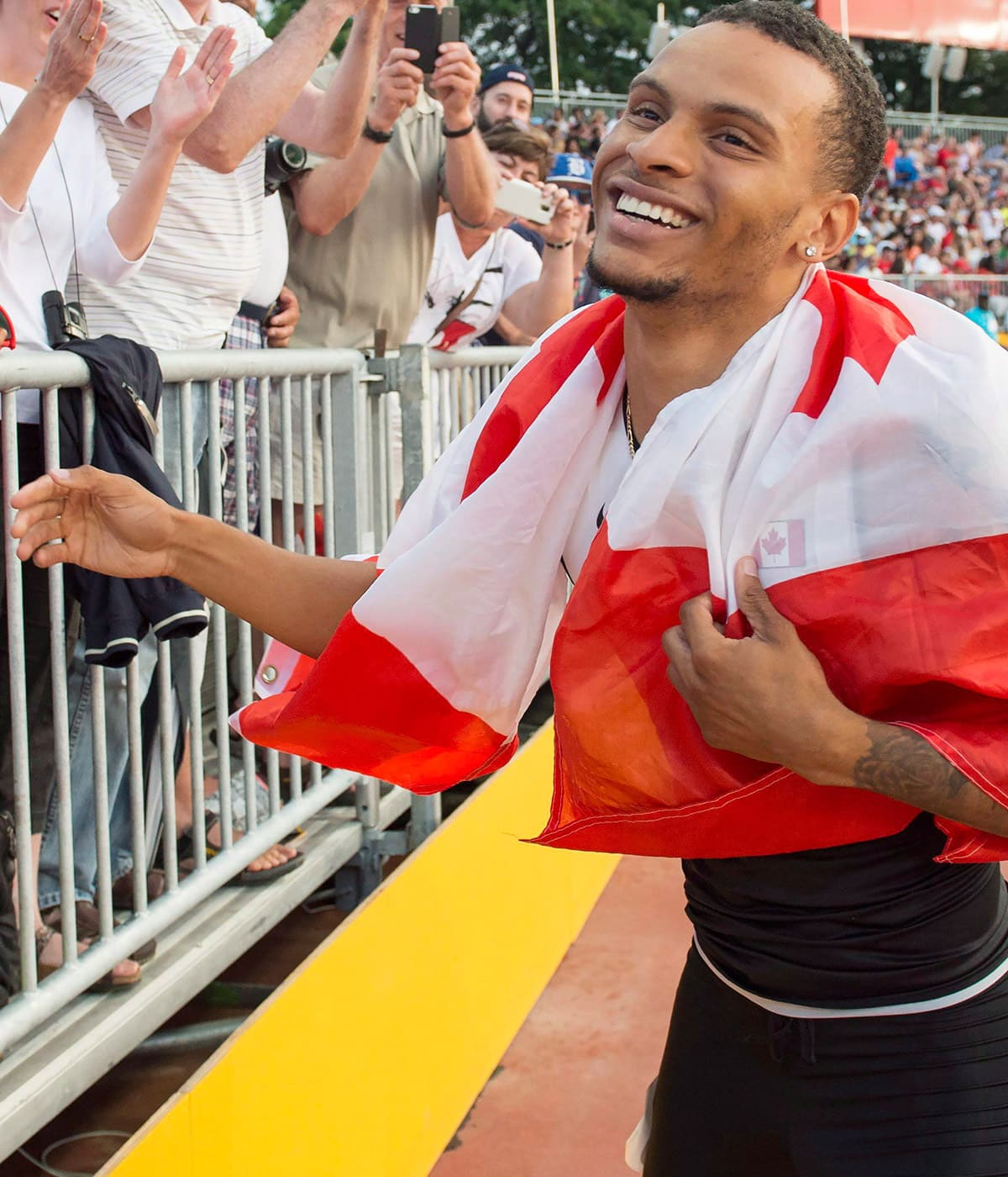 'You better believe I'm hungry': Andre De Grasse reveals why he's turning pro