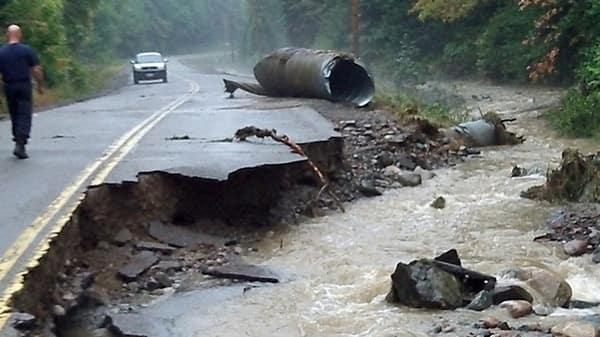 hi-algoma-road-washout-852-8col.jpg