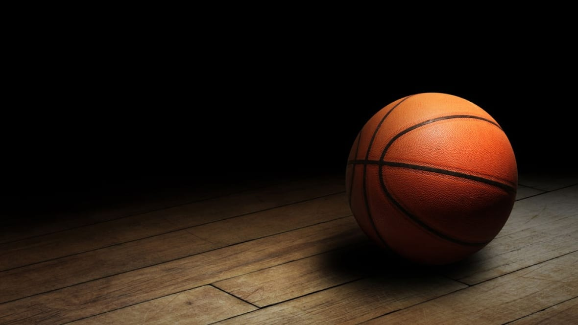 hoop dreams father sues to get daughter on top tier b c basketball