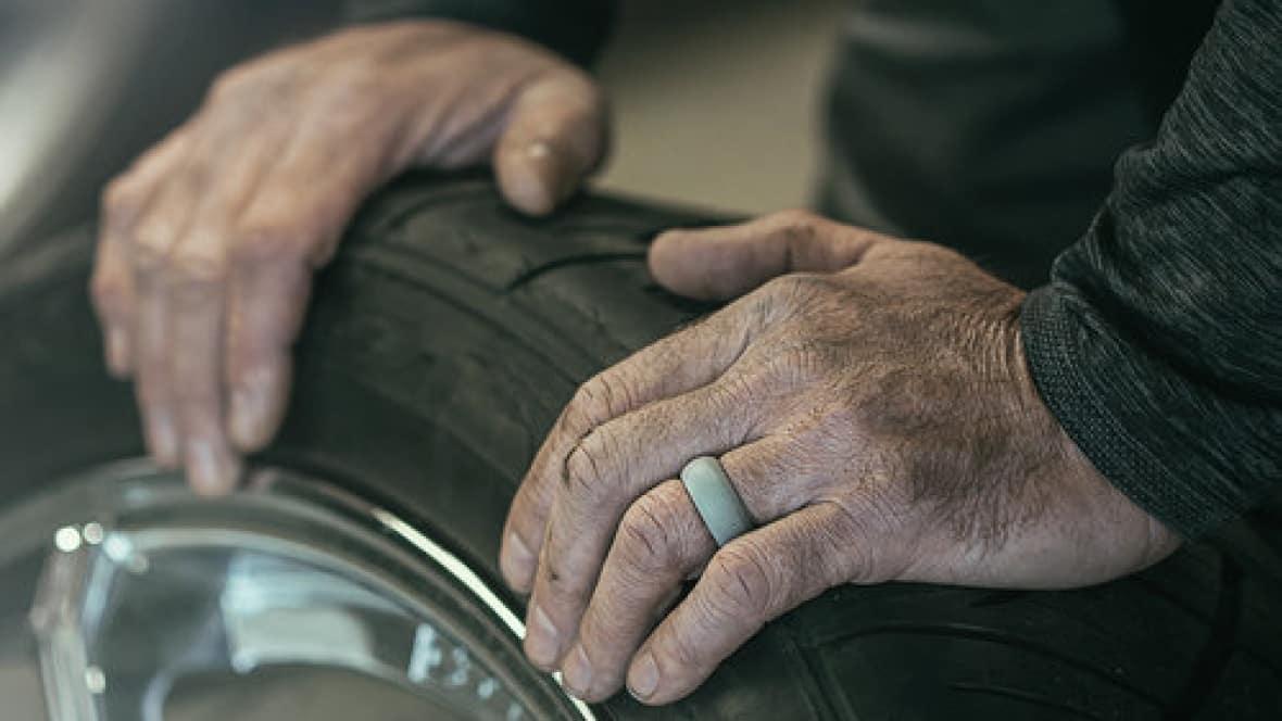 Edmonton Mechanic Creates Finger Saving Wedding Band Cbc News