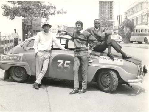 Anwer Omar with friends '69.jpg