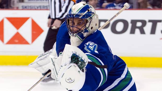 Roberto Luongo has come under fire for his performance in previous playoff rounds - will this be the year the Canucks' goalie finally silences his critics? (File/Associated Press)