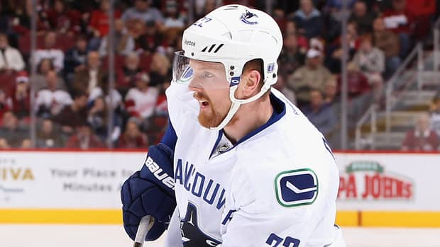 Daniel Sedin has not played since suffering a concussion on March 21 against the Chicago Blackhawks. (Christian Petersen/Getty Images)